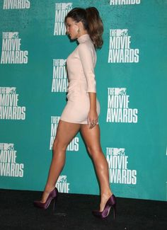 Kate Beckinsale Mtv Movie Awards At Universal Studios In L A June 3 2012 Kate Hudson, Kate Beckinsale Hot, Kate Beckinsale Pictures, Nice Legs, Beautiful Legs, Gorgeous Women, Amazing Legs, Sexy Legs And Heels, English Actresses