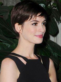 Anne Hathaway: chocolate brown hair and pixie haircut