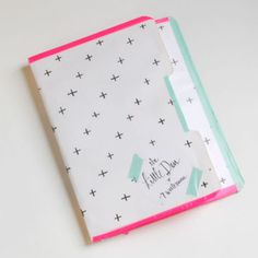 This is GENIUS!  I made a 3 sided planner and had it bound but it fell short.  I should have made it to where I could add and remove things like this!  So going to re-make it this way.