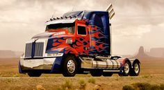 Transformers 4 Photos! First look at Optimus Prime and the new Autobots