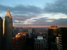 I NY I took this pic myself :) Empire State Building, Travel, Viajes, Traveling, Trips, Tourism