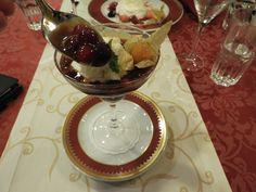 Bytt ut Danskebåten med Rigabåten. Riga, Chocolate Fondue, Panna Cotta, Cruise, Ethnic Recipes, Desserts, Blog, Tailgate Desserts, Dulce De Leche