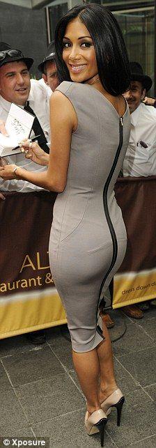 Love the zipper in the back. Just got a dress like it.