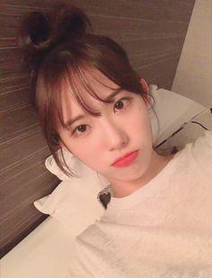 Cute Korean, Korean Girl, Cute Girls, Cool Girl, Wjsn Luda, Teen Celebrities, Cosmic Girls, Yoona, Favorite Person