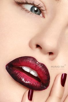 Bold Makeup Inspiration 04 This would be very cool for a Lady Vampire costume by reannon Lipstick Colors, Lip Colors, Green Lipstick, Bold Lipstick, Lipstick Art, Purple Eyeshadow, Lip Makeup, Makeup Tips, Makeup Geek