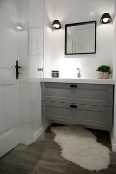 The master bathroom is often a room that people overlook when it comes to style. Your bathroom is more than just functional. Modern Bathroom Design, Bathroom Interior Design, Grey Bathrooms, Small Bathroom, Spa Shower, Vanity Decor, Interior Design Companies, Bathroom Styling, Bathroom Inspiration