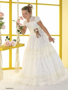 vestidos de comunion 2015 - Buscar con Google Première Communion, Communion Dresses, First Communion, Young Fashion, Kids Fashion, Moda Hippie, Formal Dresses, Wedding Dresses, Dressmaking