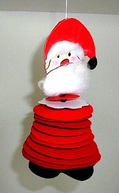 Weihnachten/basteln-Nikolaus-aus-Tonpapierkreisen-Aufhaengen