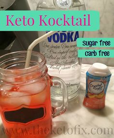 Keto Kocktail - Sugar-free/Carbfree/Calorie Free. Recipe on blog!