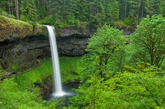Silver Falls -   When I'm married, my house will be decorated with pictures like this if I have any say in it.
