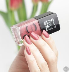 catrice iconails 40 crab attention! nail polish