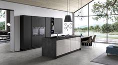 Cucine moderne che uniscono design, funzionalità e qualità dei materiali. Soluzioni su misura nel nostro showroom a Treviso. Cucine moderne con isola, penisola, ad angolo e lineari.