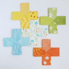 EPP Template // make a mini plus quilt with unique piecing