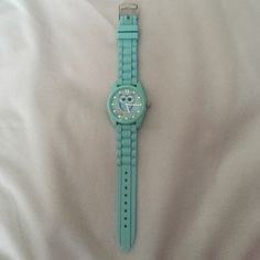 ☄Cute Owl watch☄ The watch works perfectly and has only been worn 1-2 times. It has a cute design on the inside of an owl next to cute little flowers Claire's Accessories Watches