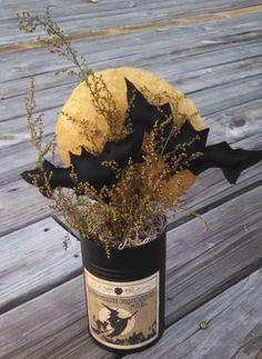 Primitive Halloween Bats WITCH Moon Black Tin Centerpiece gathering Sweet Annie #Primitive #SweetAnniesPrims