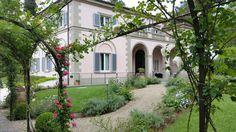 The beautiful grounds of Villa Cora. #VillaCora #Roses #Spring #Beauty