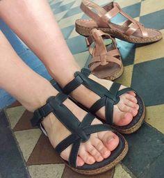 Sandaler med krydsremme til damer. Havanna Shoes.   Sommer