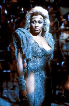 Tina Turner wild and fierce in Mad Max :Beyond Thunderstorm (1985)