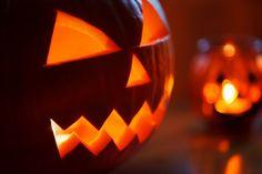 Os contamos cómo vaciar calabazas para Halloween sin romperlas y algún truco para que nos duren aún más tiempo sin que se pudran.