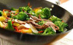 Rindfleisch Gemüse Wok mit Kokosmilch