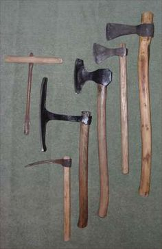 Woodworking Shows 2018 Woodworking Bar Clamps, Antique Woodworking Tools, Green Woodworking, Woodworking Shows, Woodworking Apron, Antique Tools, Old Tools, Vintage Tools, Woodworking Classes