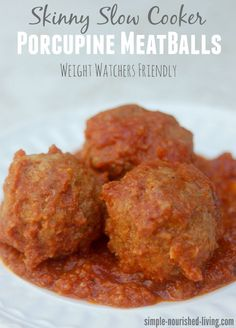 Lighter healthier slow cooker porcupine meatballs an old fashioned family favorite updated for today, 278 calories, 7 Weight Watchers Points Plus
