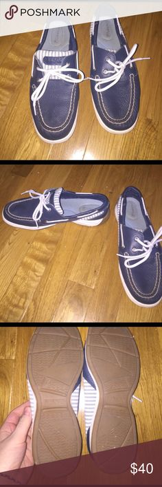Women's sperrys Blue with white seersucker sperrys! Very cute! Very clean. Only worn once! Sperry Top-Sider Shoes
