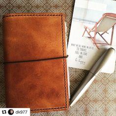 "350 Gostos, 3 Comentários - Pelikan International (@pelikan_international) no Instagram: ""A daily companion - our Twist. Thanks @dk977 for the pic 😊 ・・・ #pedori #a6 #pelikan…"""