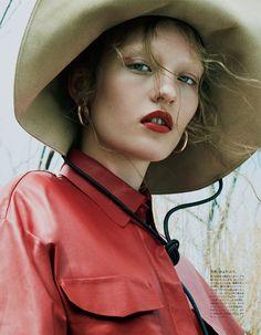 Vogue Japan October 2017 Agnes Akerlund by Benjamin Lennonx