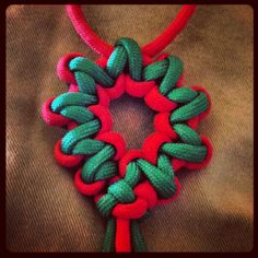 Paracord wreath ornament