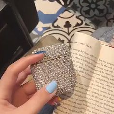 Apple Airpods case 2 3 holder, new shiny Bling diamonds crystal wrap rhinestone protective hard cover, Wireless Bluetooth Earphone Case Charging box
