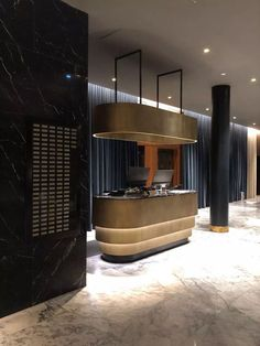 Find the best and most luxurious inspiration for your next lobby or reception interior design project here. For more visit Lobby Interior, Office Interior Design, Interior Architecture, Reception Desk Design, Reception Counter, Hotel Reception Desk, Lobby Reception, Design Ppt, Home Design