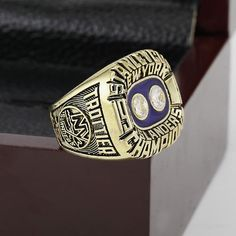 #MustSee Can you believe it? New York Islander... now available http://gemsandtrinkets.store/products/new-york-islanders-1981-nhl-stanley-cup-championship-ring-wood-box-replica?utm_campaign=social_autopilot&utm_source=pin&utm_medium=pin #GemsandTrinkets