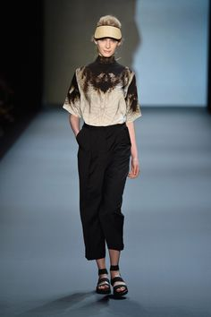 DfT Hosted By Stella McCartney - The Fashion Talent Award By Peek & Cloppenburg Duesseldorf And Fashion ID - Show London College Of Fashion, Fall Winter, Autumn, Catwalk, Stella Mccartney, Ready To Wear, Trousers, Normcore, How To Wear