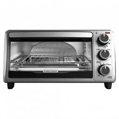 This 4-slice Toaster Oven is perfect for any student. #back2campus #searscanada #SearsBack2Campus