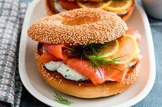 Bagels with cream cheese salmon and slices of lemon Foodie Snack Snacks Cheese Bagels, Late Night Snacks, Culinary Arts, Salmon, Food Photography, Sandwiches, Toast, Food And Drink, Bread