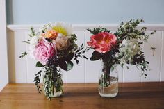 Simple, yet elegant bouquets for your bridesmaids, to complete your wedding theme