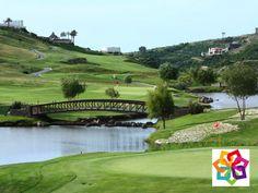 EL GOLF SE JUEGA EN MORELIA. Diseñado por Jack Nicklaus, el extraordinario Club de Golf Tres Marías, cuenta con 27 hoyos dispuestos de una forma atractiva para disfrutar de una visita panorámica en su recorrido. Ubicado en la zona mas exclusiva de la ciudad de Morelia, fue seleccionado por la LPGA para formar parte de su gira mundial en la que participó en varias ocasiones nuestra campeona mundial Lorena Ochoa. http://www.hoteldelfinplayaazul.com/portal/