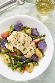 Recipe: Skillet Braised Cod with Asparagus and Potatoes  Quick and Easy Weeknight Dinners