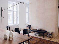 Dining-Room-in-the-Freunde-von-Freunden-+-Vitra-Apartment-Berlin-164147.XL.jpg…
