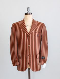Vintage Late 1960s MENS MOD Sportcoat.