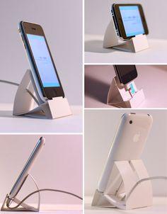 DIY iPhone Paper Dock by Desinemoiunobjet