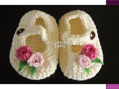 sweet!  Crochet baby shoes. $10.00, via Etsy.