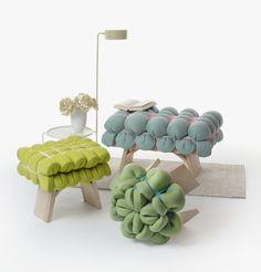 ZIEHARSOFIKA  Diseño que utiliza ingeniosas técnicas de amortiguación, utiliza un colchón de espuma de caucho convencional que con la ayuda de bandas elásticas se despliegan de manera decorativa.