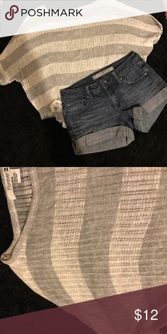 Stripe Knit top Super cute striped woven top. Hand wash.  Grey and cream stripes Forever 21 Tops Blouses