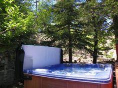 Avalon - Three bedroom, three bath with a hot tub, WiFi, wood burning fireplace. Fenced yard with deck and 6 Burner BBQ.