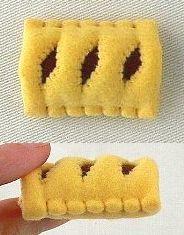 フェルトのお菓子とパン製作日記の画像