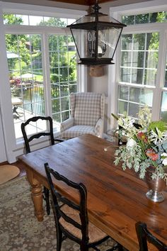 Vintage French Soul ~ Fancy French Country Dining Room Table Decor Ideas (57)
