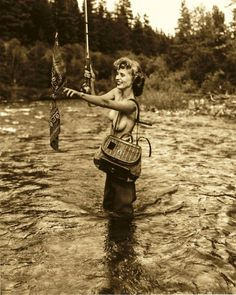 - hot and sexy fishing girls. Some nice fishing babes for you. Videos and pictures. Fly Fishing Girls, Fishing Life, Gone Fishing, Fishing Stuff, Trout Fishing, Kayak Fishing, Fishing Knots, Fishing Tackle, Fish Camp