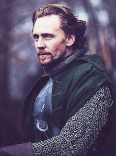 Henry V. There are no words for how hot this picture is...